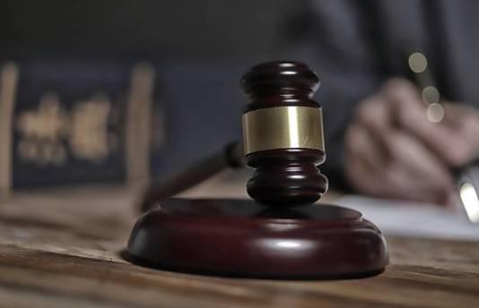 Stała obsługa prawna dla firm. Zalety i korzyści