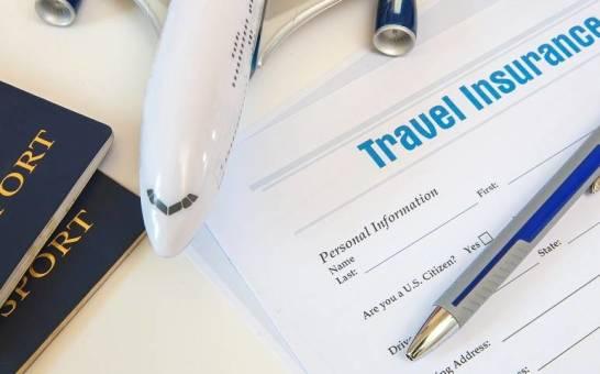 Bezpieczne wakacje, czyli zalety ubezpieczeń turystycznych