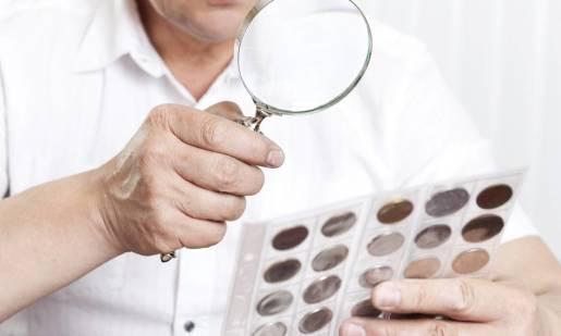 Jak wygląda grading monet?