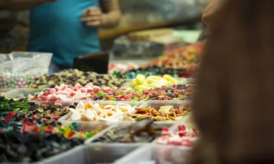 Jak dobrać słodycze na prezent?
