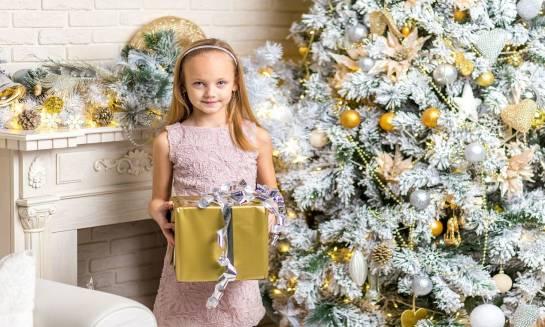 Jak spędzić udane Święta z dziećmi poza domem?