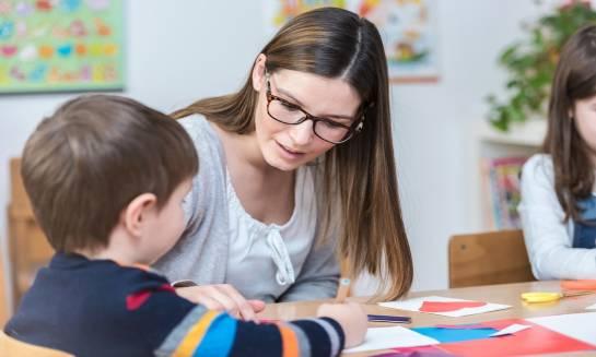 Czy warto zacząć naukę języków już w przedszkolu?