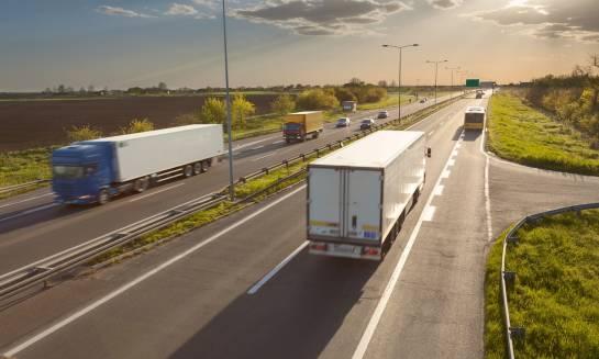 Zabezpieczenie ładunków drobnicowych w transporcie drogowym
