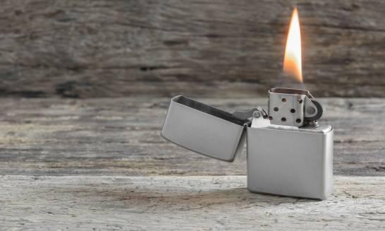 Pomysły na idealny prezent dla palacza