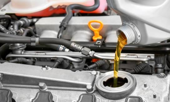 Wymiana oleju w silniku