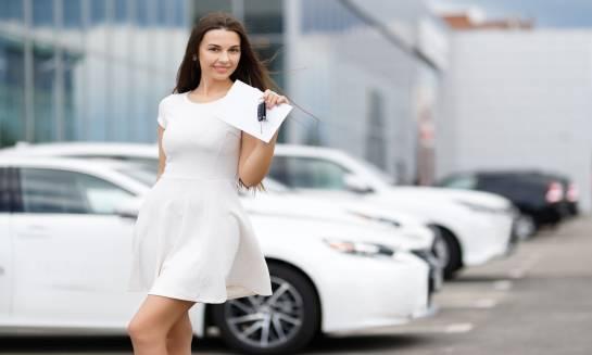Jak działa sieciowa wypożyczalnia samochodów?