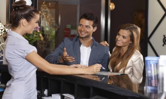 Zalety korzystania z oferowanych przez hotele pakietów specjalnych