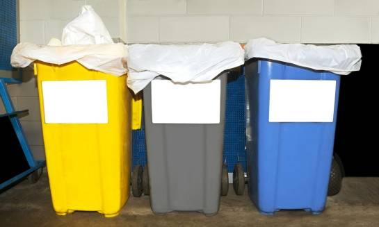 Zalety korzystania z pojemników na odpady