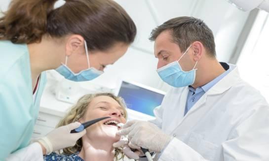 Na czym polega leczenie endodontyczne?