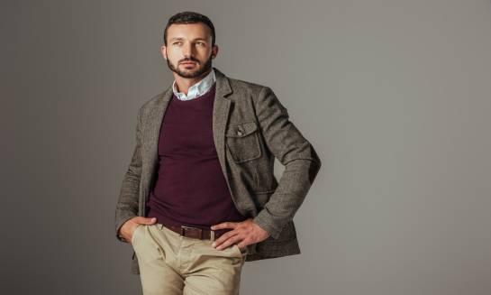Jak i z czym nosić swetry męskie?