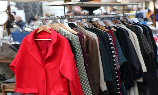 Skąd sprowadzana jest odzież używana?