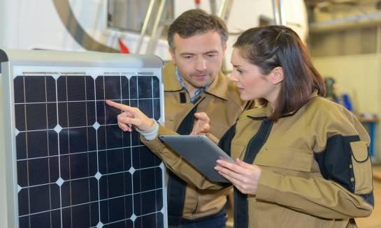 Kiedy warto zainwestować w fotoogniwa słoneczne?