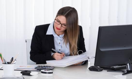 W jakich sytuacjach warto skorzystać z usług biura rachunkowego?