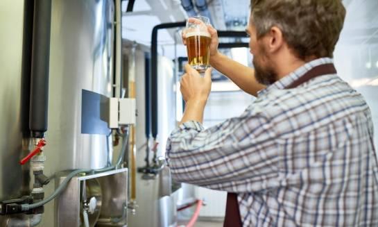 Warzenie piwa w domu. Porady i wskazówki