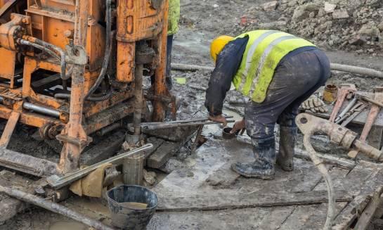 Badania geotechniczne gruntu przed rozpoczęciem budowy - na czym polegają?