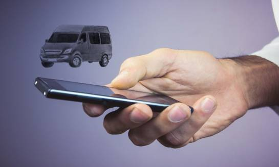Przewóz busami na terenie krajów Unii Europejskiej. Jakiej firmie warto zaufać?