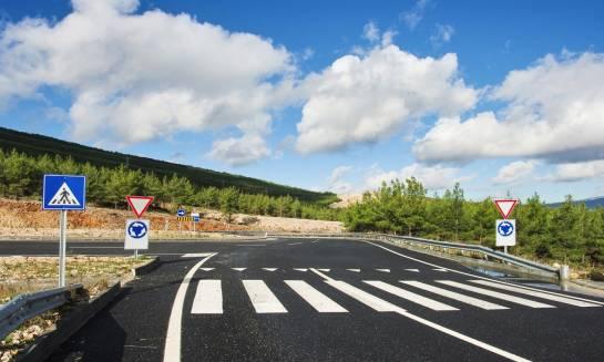 Do kogo się zgłosić z prośbą o ustawienie dodatkowego znaku drogowego