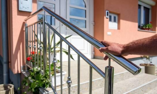 Balustrady schodowe – pomysły i inspiracje