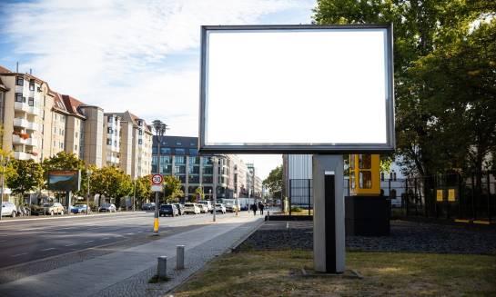 Dlaczego warto zainwestować w reklamę zewnętrzną?