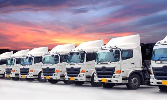 Kiedy warto skorzystać z usług firmy transportowej?