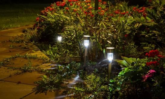 Elementy oświetlenia ogrodowego