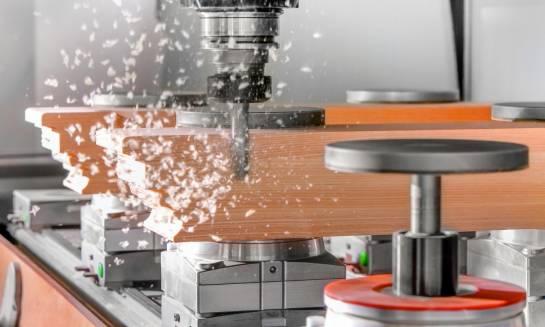 Czym charakteryzuje się toczenie CNC?