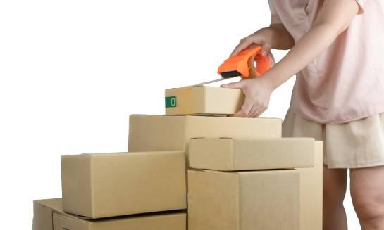 Zasady pakowania przesyłek kurierskich