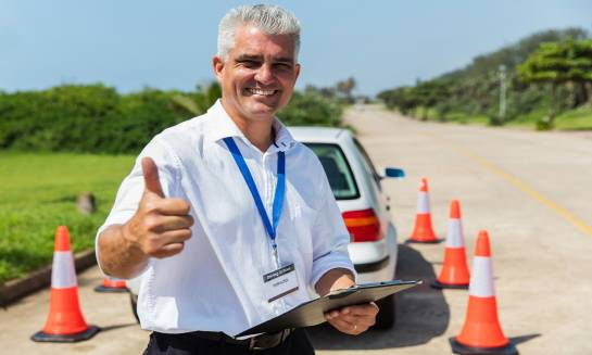Cechy dobrego instruktora nauki jazdy