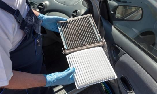 Jak dbać o klimatyzacją samochodową?