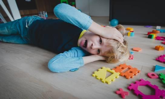 Jak radzić sobie z autyzmem u dzieci?