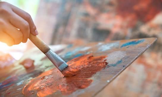 Najchętniej wybierane przez plastyków farby akrylowe – Renesans