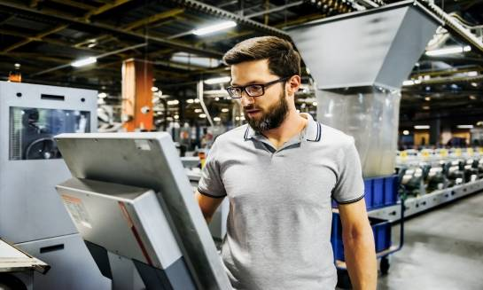 Koszulki polo jako wygodne rozwiązanie dla pracowników
