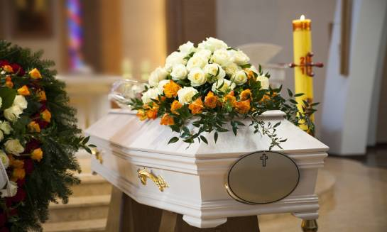 Kwiaty na pogrzeb. Jakie wybrać?