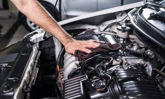 Które podzespoły silnika samochodowego podlegają regeneracji?