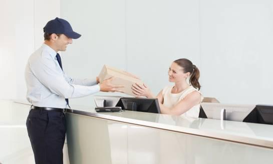 Jak wybrać odpowiednią ladę recepcyjną do biura