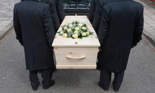 Jak oszacować koszt pogrzebu?