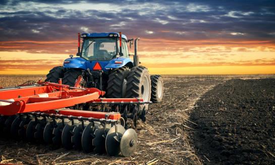 Jak przygotować do pracy maszyny rolnicze do zimy
