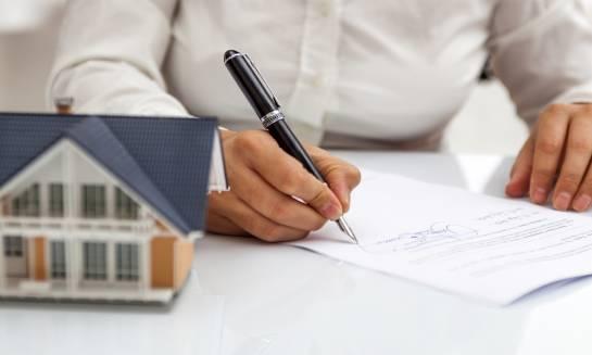 Podpisywanie umowy deweloperskiej. O czym warto pamiętać?