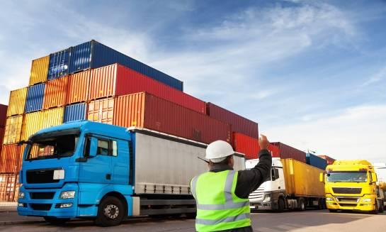 Jak wybrać odpowiedni kontener transportowy?