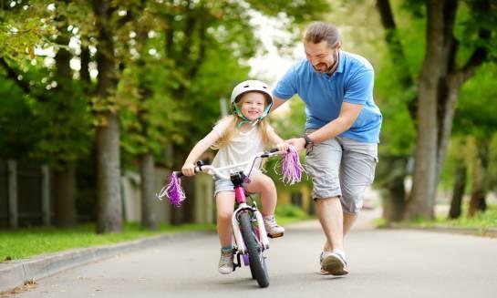 Pierwszy rower dla dziecka. Jak wybrać go właściwie?
