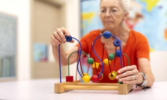 Sposoby na ćwiczenie pamięci osób starszych.