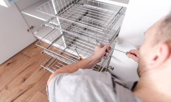 Wysuwany koszt jako praktyczne rozwiązanie do domu