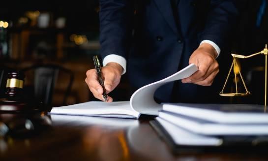 Skąd czerpać informacje o prawie pracy?
