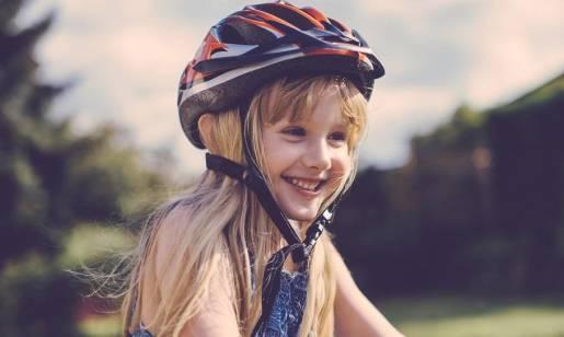 Jeździsz na rowerze? - Pamiętaj o kasku!