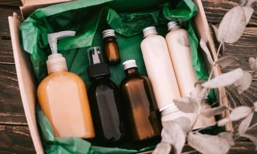 Wegańskie kosmetyki do włosów. Jakie substancje zawierają?