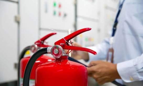 Przeglądy gaśnic i hydrantów. Zasady przeprowadzania