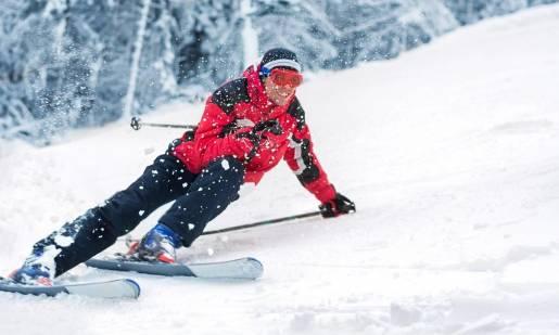 Jak dobrze kontrolować prędkość na nartach?