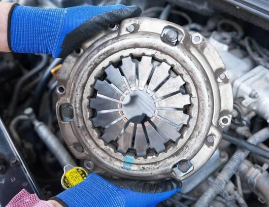 Kiedy należy wymienić sprzęgło w samochodzie?