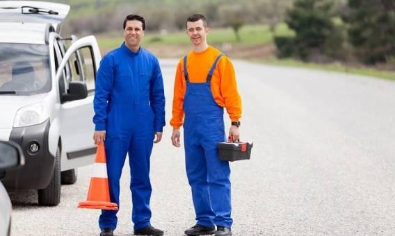 Kto może świadczyć usługi pomocy drogowej?