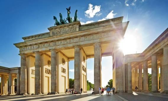 Rodzinna wycieczka do Niemiec? Z busem to możliwe!